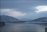 얼어붙은 압록강, 기약없는 발걸음